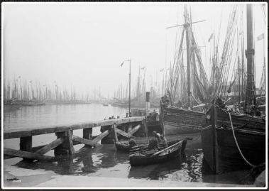 grimsby docks 19th c